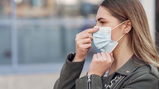 """Overlæge: Sundhedsstyrelsens konklusion om mundbind er """"fejlagtig og tendentiøs"""""""